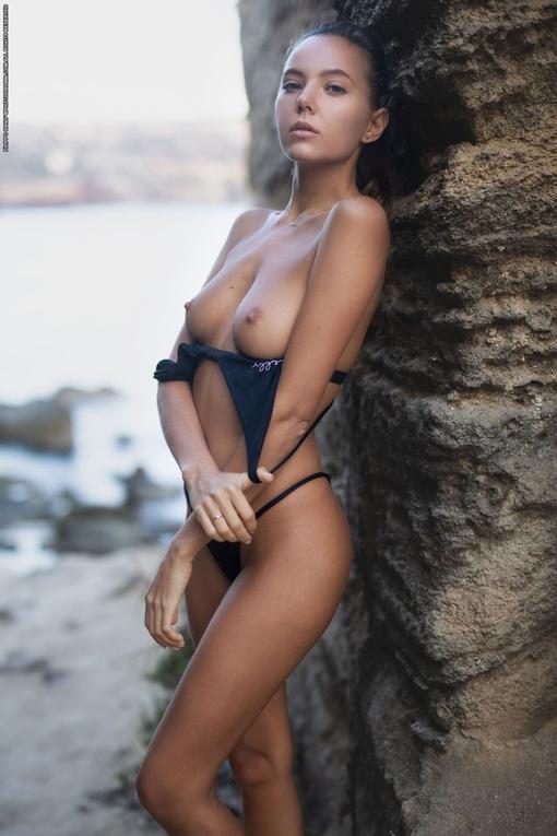 Katya Clover Nude In Throttle Playboy Model Pornktube 1