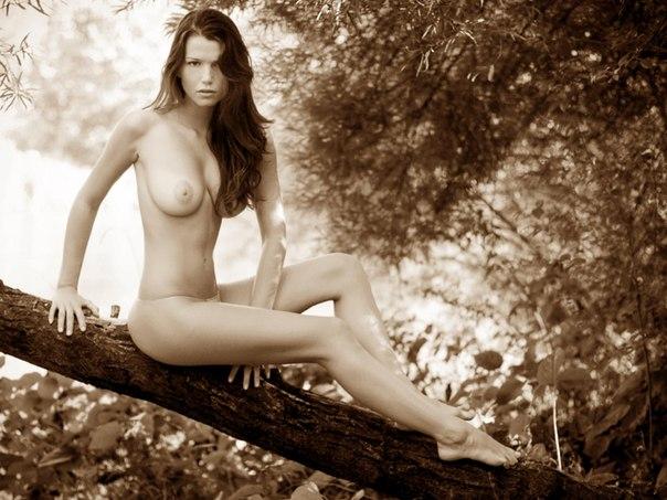 Nude Pics Of Vanessa