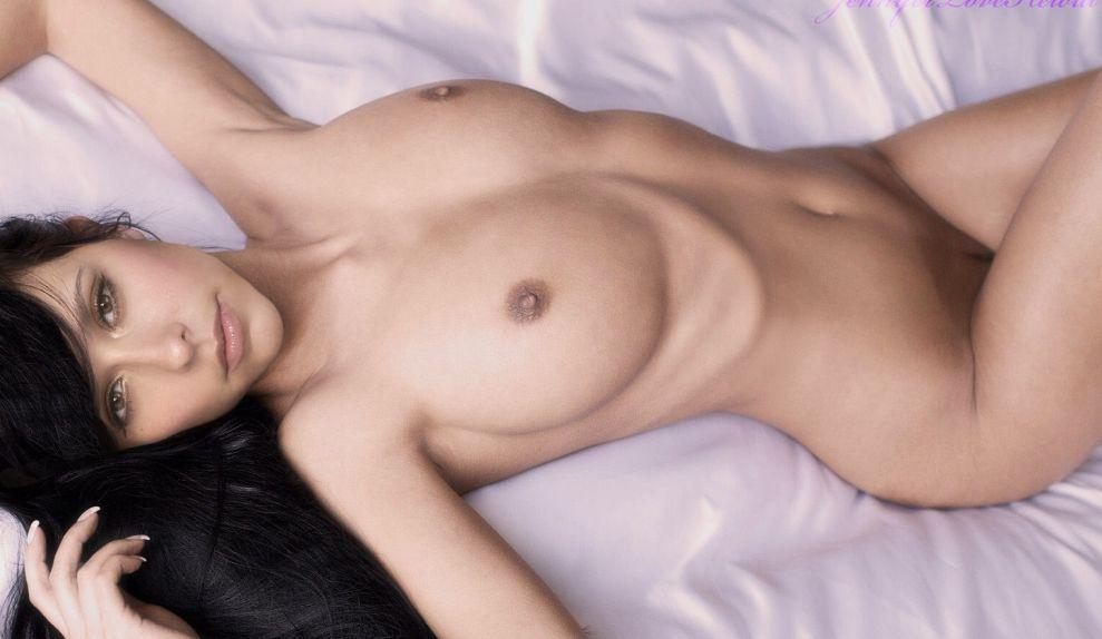boston-nude-jennifer-love-hewitt-naked-in-playboy-pic-hardcore