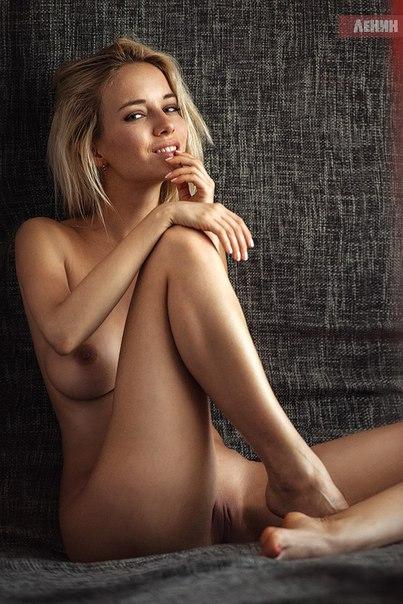 Смотреть порно видео с голыми гимнастками Секс ролики с
