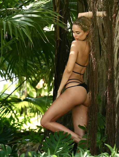 Sultry Kimberly Garner On Beach For Photoshoot Of Her Bikini Collection Pics 1