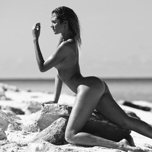 Aitken vogue alexandra nude